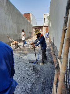 công nhân xây nhà